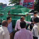 Minyu Lanka 开幕仪式的客人参观明裕,Striker 和 Nakayama 中山铁工设备